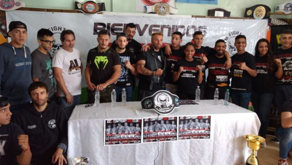 Comodoro Gym Fight Club 4 cierra el Kick Boxing 2017
